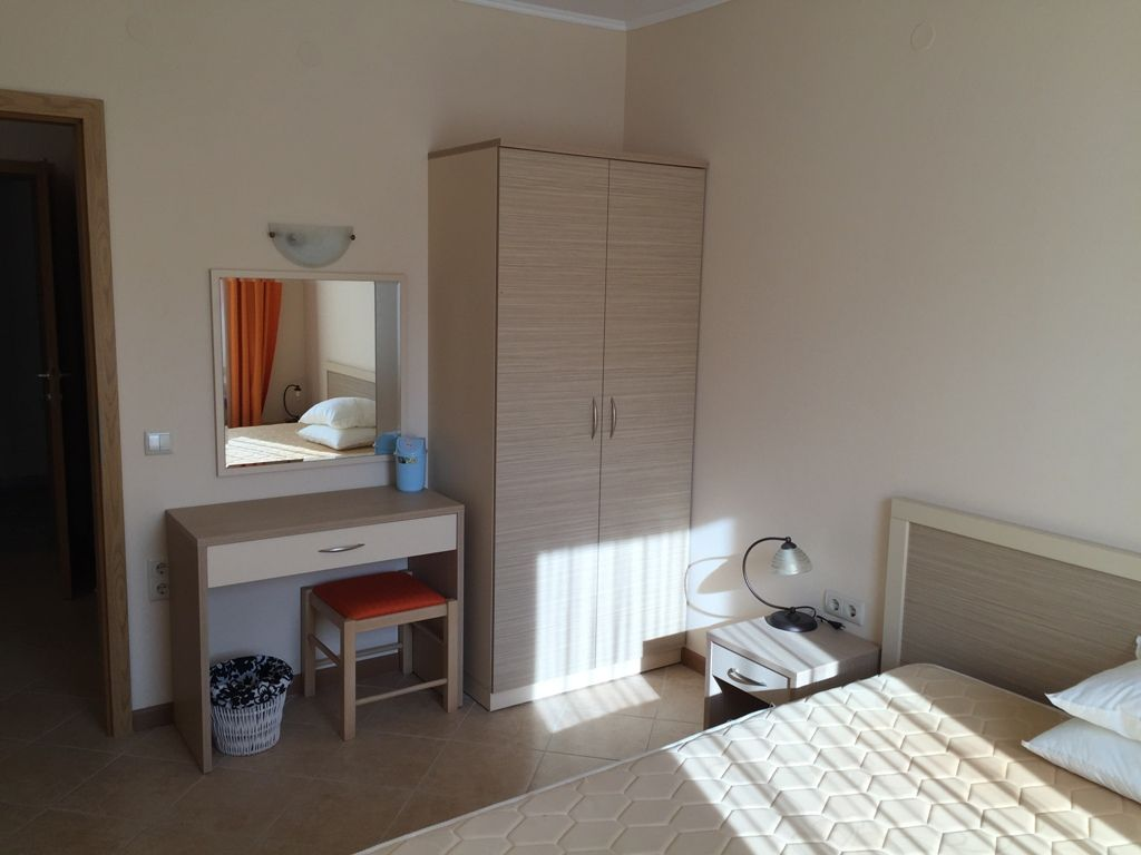 furnished one bedroom apartment in royal sun complex