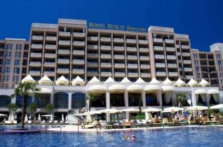 Bargain. One bedroom apartment in Royal Beach Barcelo