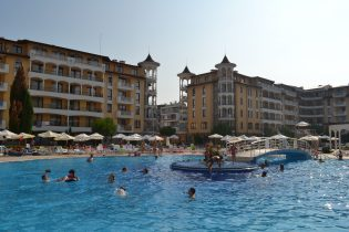 Royal Sun, Sunny Beach – furnished one bedroom apartment