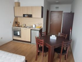 Aspen Heights Complex, Bansko: Furnished studio